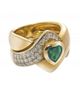 Anello smeraldo tagliato a cuore